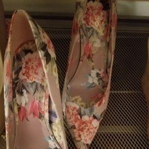 Aldo floral shoes
